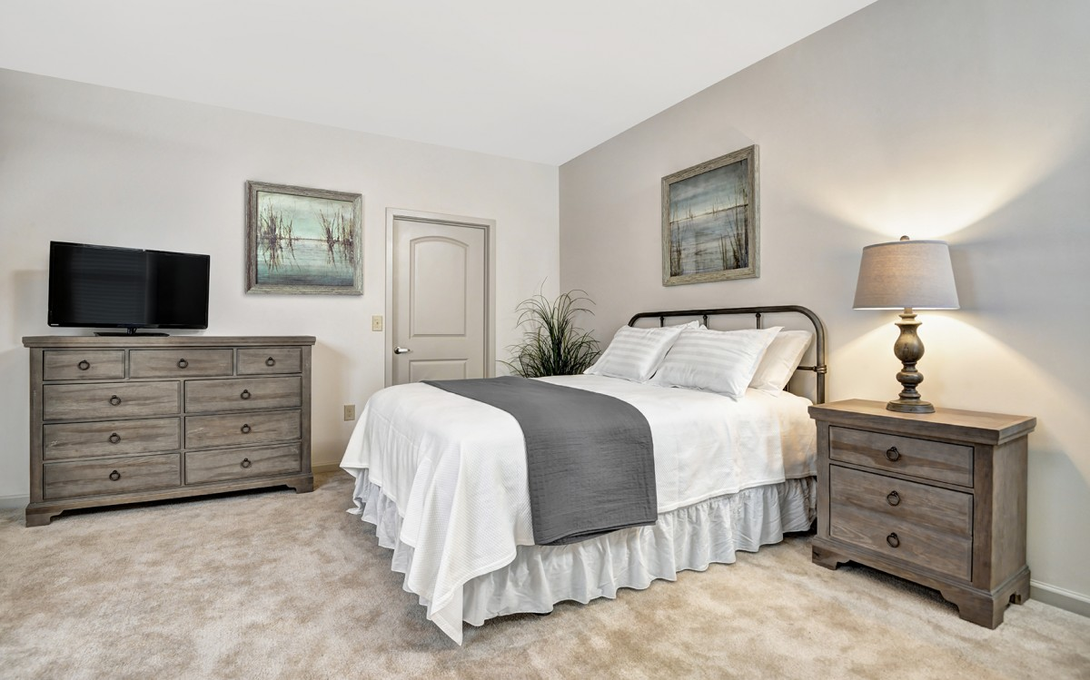 Harbor Lane | High End Rental Furniture