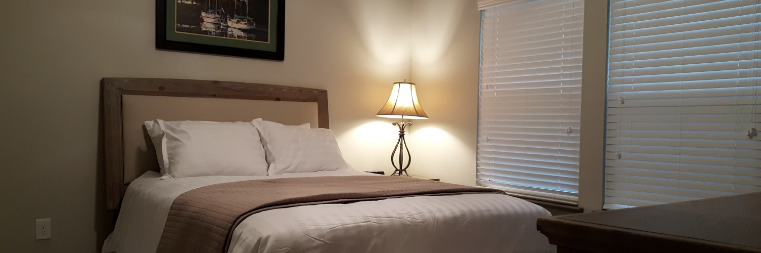 Bedroom Housewares - Linens Rentals
